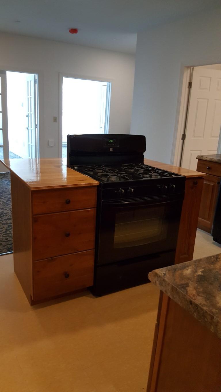 273 Main Street stove