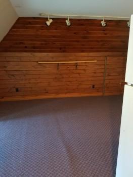 5 Myrtle Avenue wooden wall room