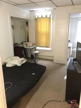 7 Otsego Street apartment with toilet
