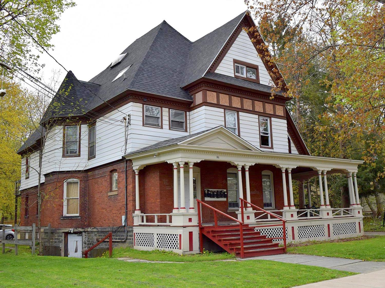 31 Watkins avenue Peter Clark student rentals