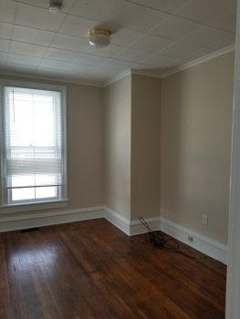 Apartment 1R, 21 Church street Peter Clark student rentals