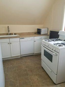 Apartment #3, 9 Tilton Avenue Peter Clark student rentals